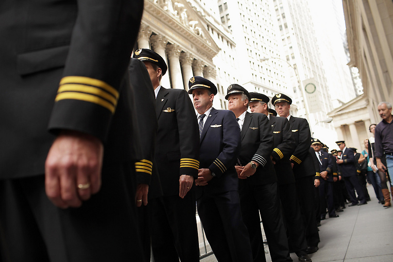Airline Pilots Protest on Wall Street Seen On www.coolpicturegallery.us