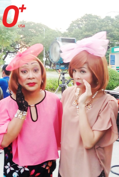 Lola Nidora and Yaya Dub doing 'Pabebe Wave' for O+ USA TVC
