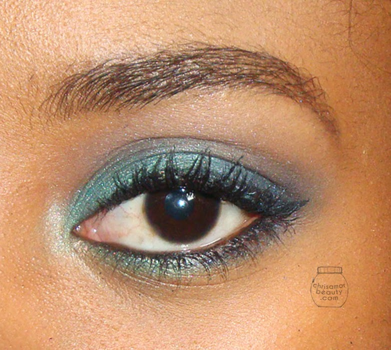 Mermaid smoky eye