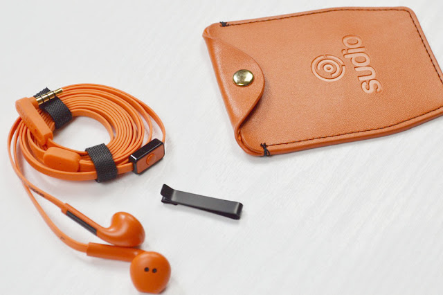 Sudio ribbon earphones and real leather carry case
