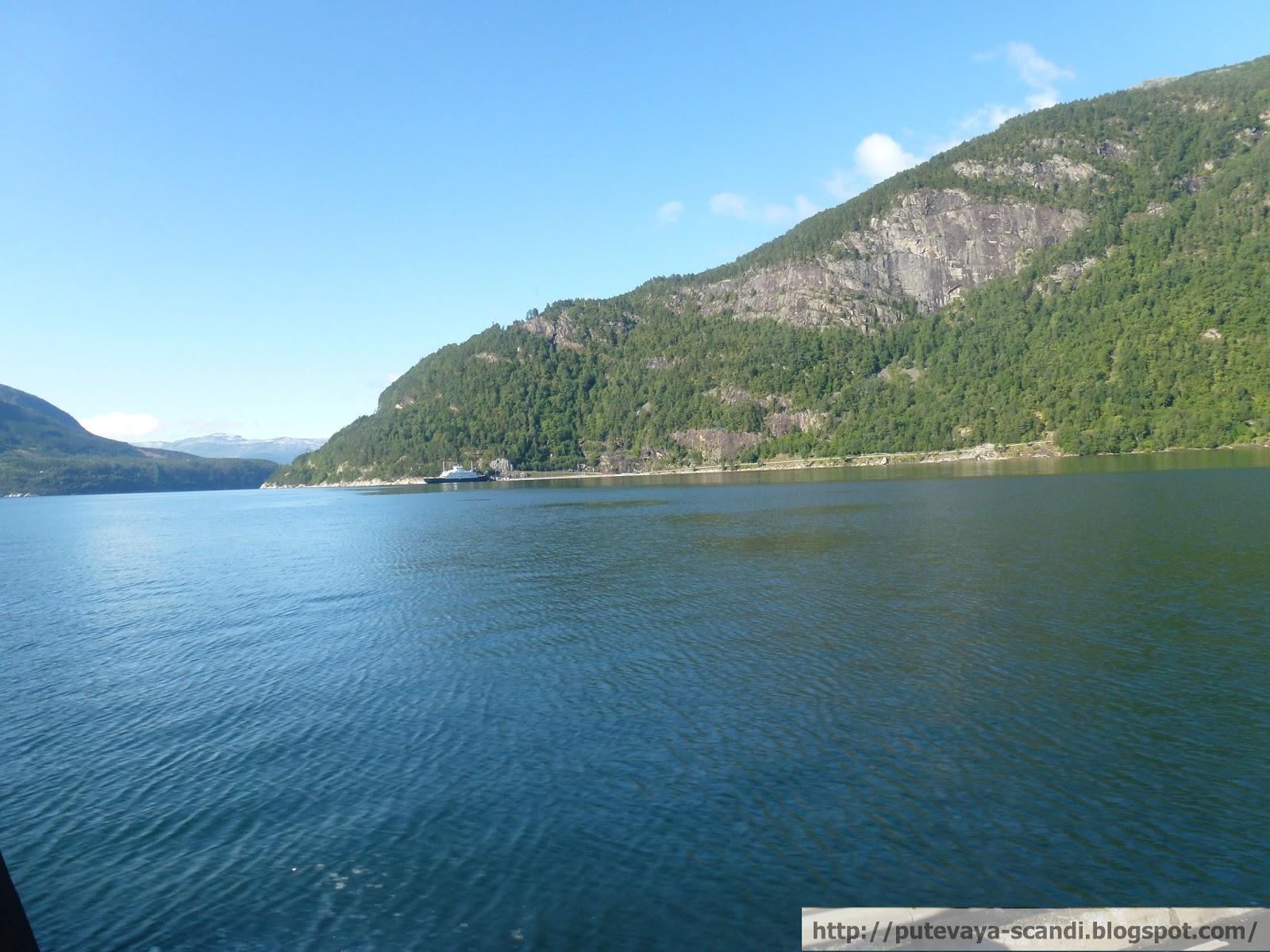берега Хардангер-фьорда