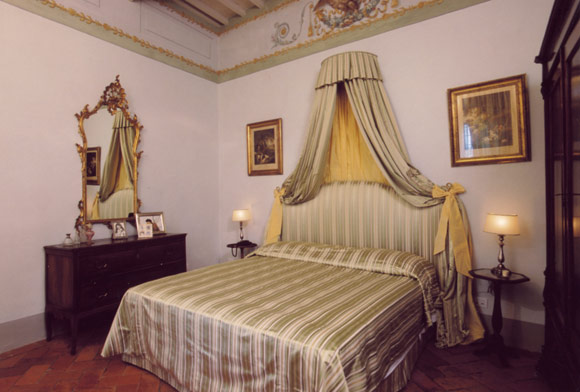 Ideas For Bedrooms Italian Beige And Green