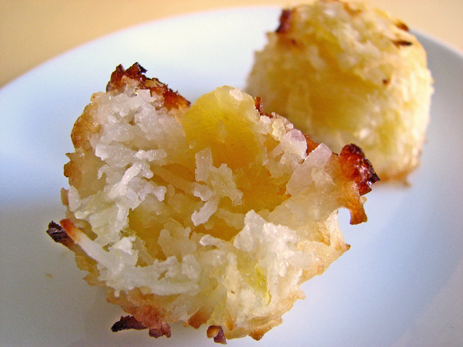 pastry studio: Pineapple Coconut Macaroons