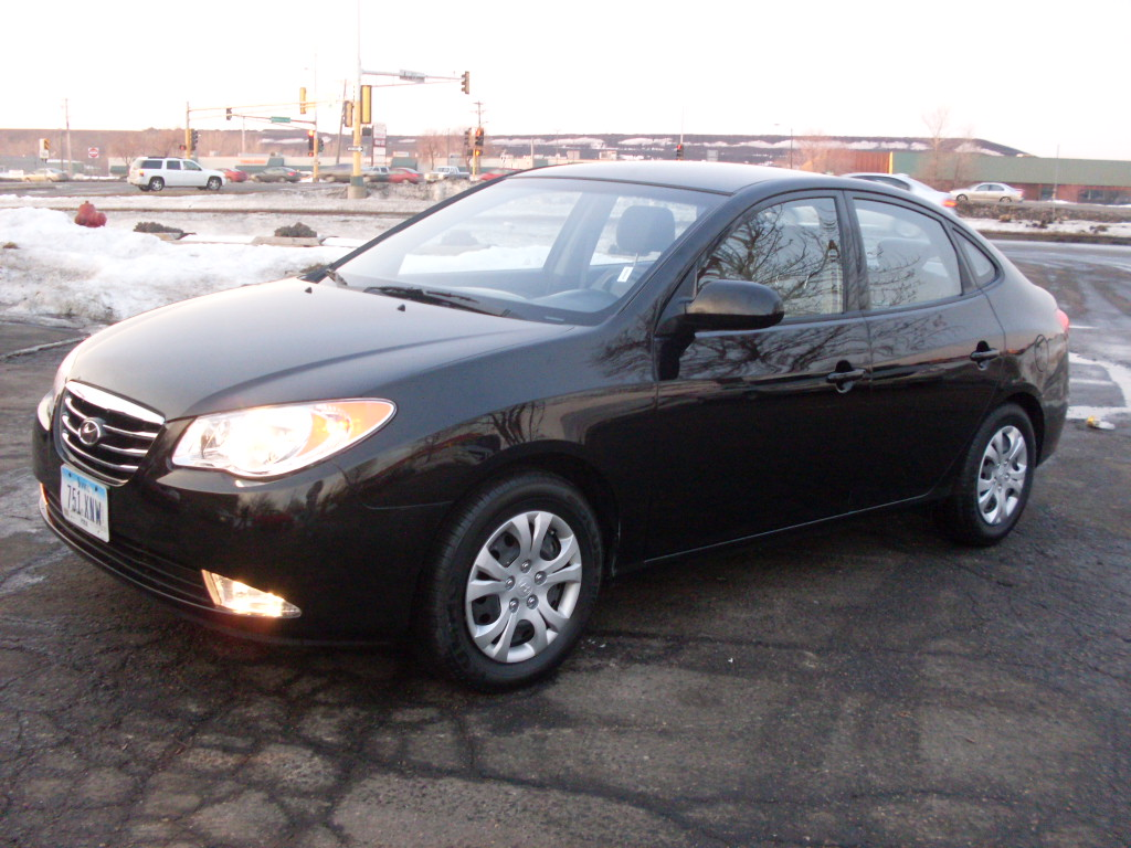 James 2010 Hyundai Elantra