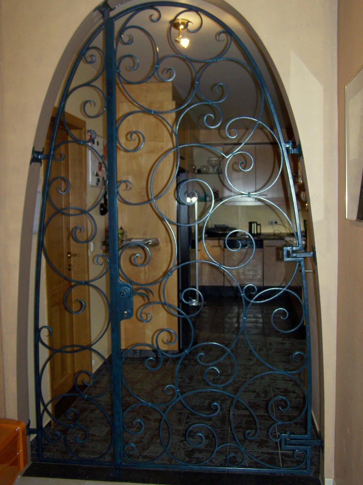 kunstsmeedwerk smeedijzeren trapleuningen rampes d 39 escalier en fer forg deur in smeedijzer