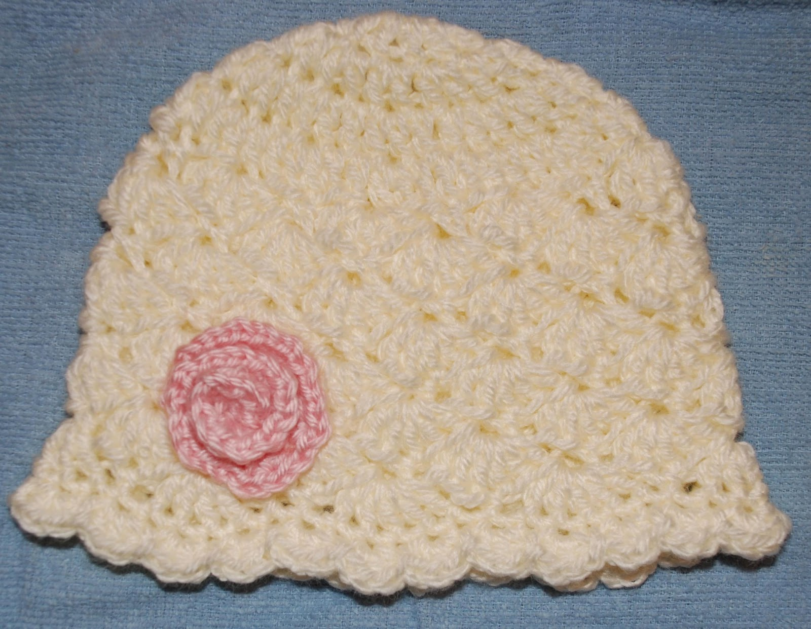 Crochet Hat Pattern Shell Stitch : Amys Crochet Creative Creations: Crochet Shell Newborn Hat