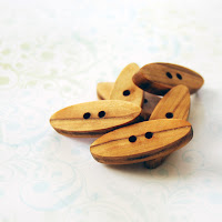 oval wooden buttons