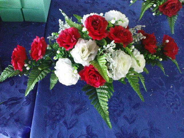 Gubahan Bunga Plastik