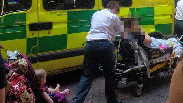 Proses kelahiran selesai dan menuju Ambulance