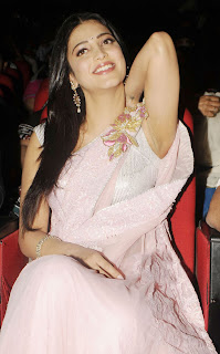 Shruthi Han Lovely Light Pink Saree at a Function