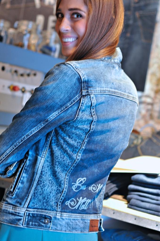 Il mio giubbotto jeans personalizzato dal Custom Studio di Pepe ...