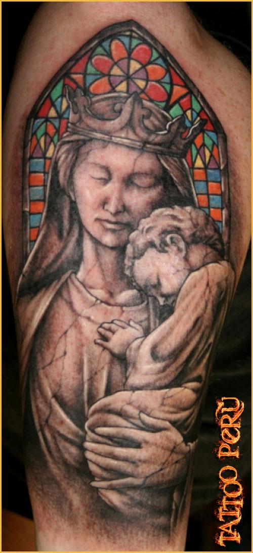 ¿En que parte del Cuerpo se puede Tatuar?. 01_jesucristo_tattoo