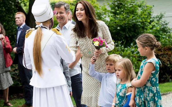 Prince Frederik, Princess Mary, Prince Christian, Princess Isabella, Prince Vincent, Princess Josephine at horse parade