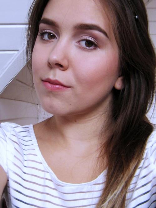 Make-up blogger, post, natural look, make-up no make-up