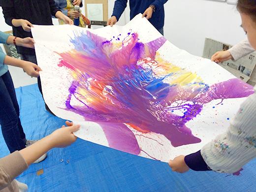 横浜美術学院の中学生教室 美術クラブ 絵の具課題「絵の具のシミから描写しよう!」1