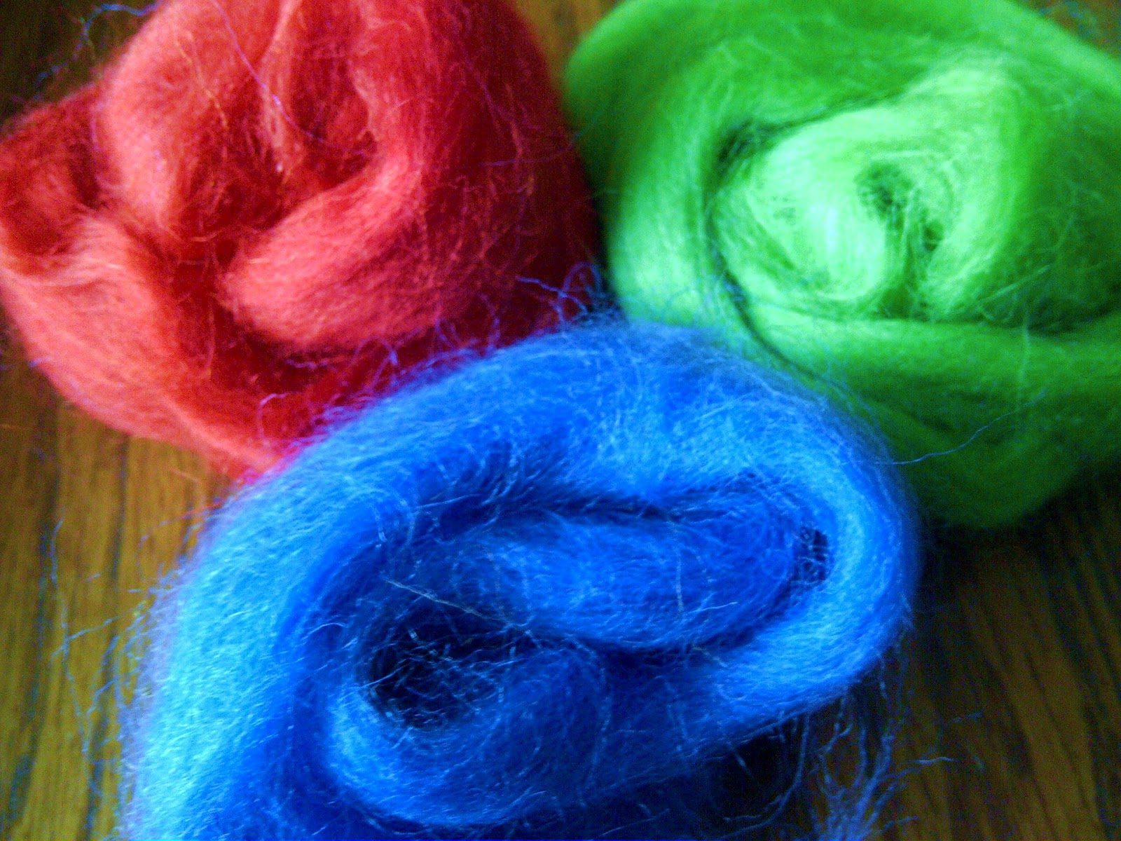 Modern handmade child create felt balls wet felting tutorial wool roving comes in a variety of colors that you could select the only other supplies you need are hot water dish soap a container to hold the hot soapy baditri Images