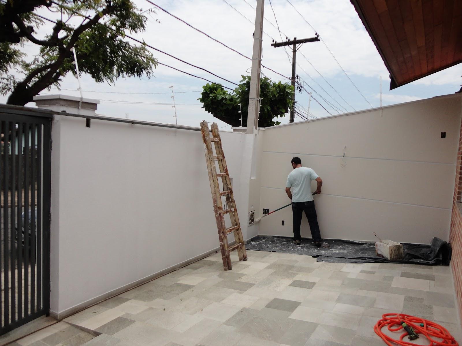 #A72F24 reforma de nossa casa: As cores das tintas deram vida a nova fachada  3538 Arremate Janela Aluminio