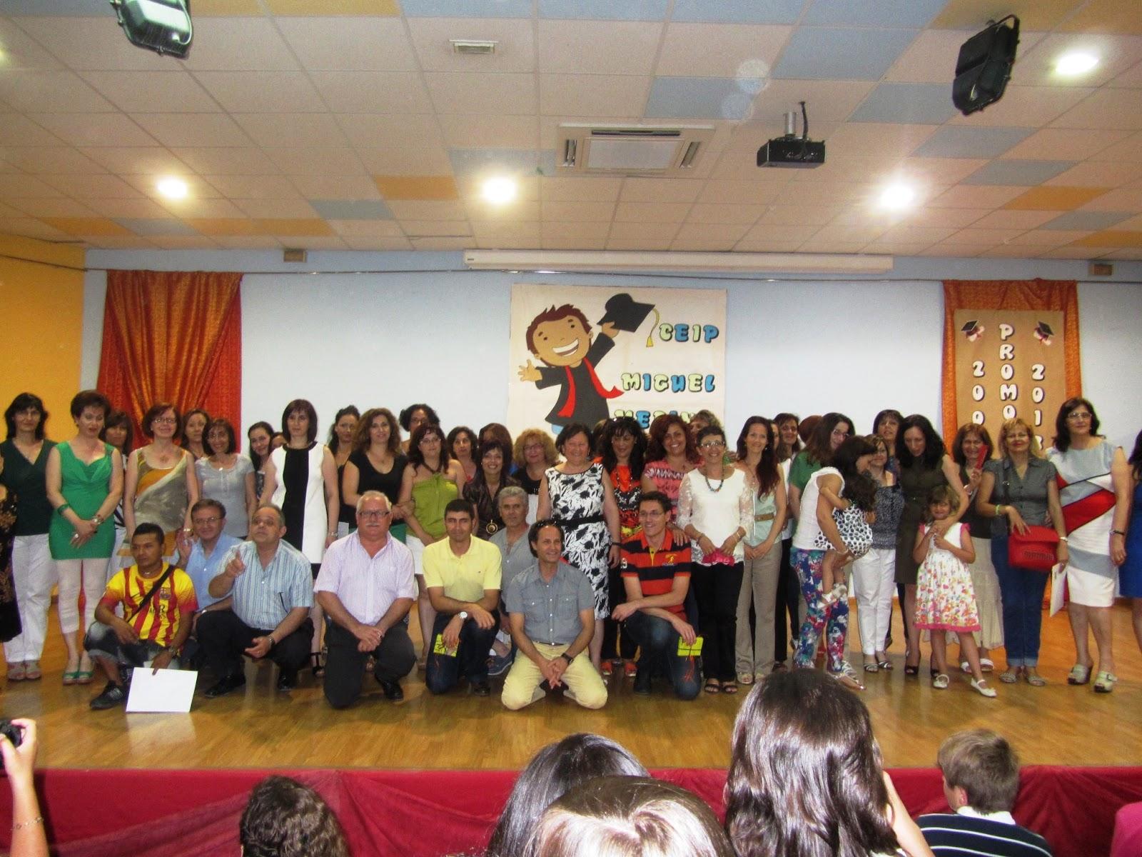 celebraron anoche la ceremonia de graduación de los alumnos de 6º de