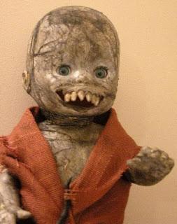 bloggermalaz.blogspot.com - 7 Boneka Paling Mengerikan di Dunia