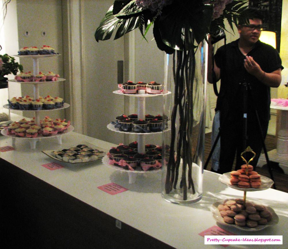 Garden Wedding: Wedding Cake & Dessert Table
