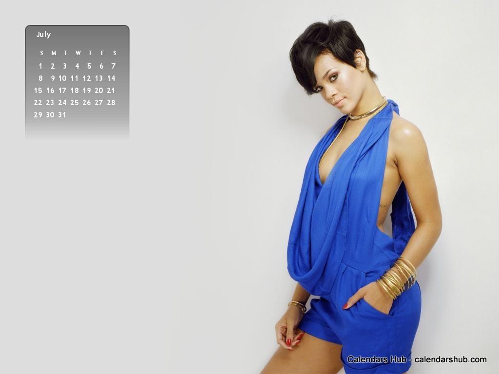 http://4.bp.blogspot.com/-I7_RsB38WRU/T-2XcecGtvI/AAAAAAAAAN4/L3ib5K_AO2Y/s1600/Rihanna+Desktop+Wallpaper+Calendar+July+2012+-+calendarshub.com.jpg