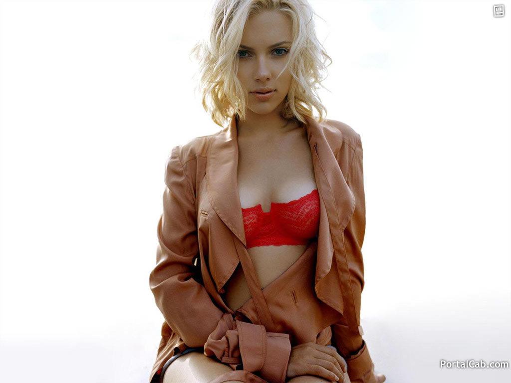 http://4.bp.blogspot.com/-I7o-B5MNtiM/TrGFf0AsZEI/AAAAAAAAKBs/6lTPCF_uxes/s1600/Scarlett+Johansson+bIG3333.jpg