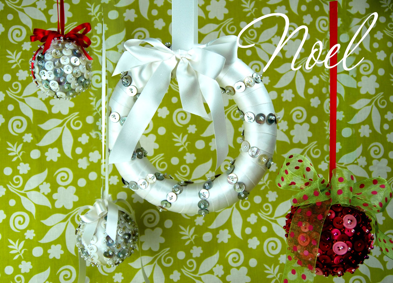 Sew Wendy: Holiday Decorating with Buttons