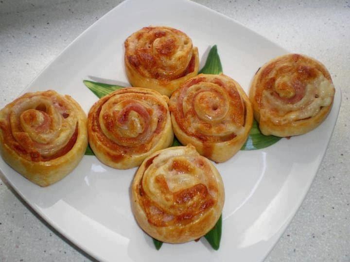 Caracolas de jamón y queso