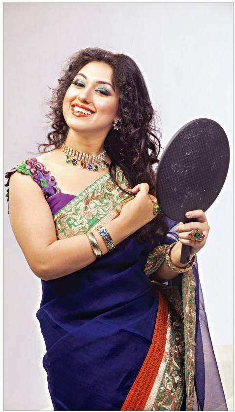 Bangladeshi Actress Apu Biswas Hot Photo