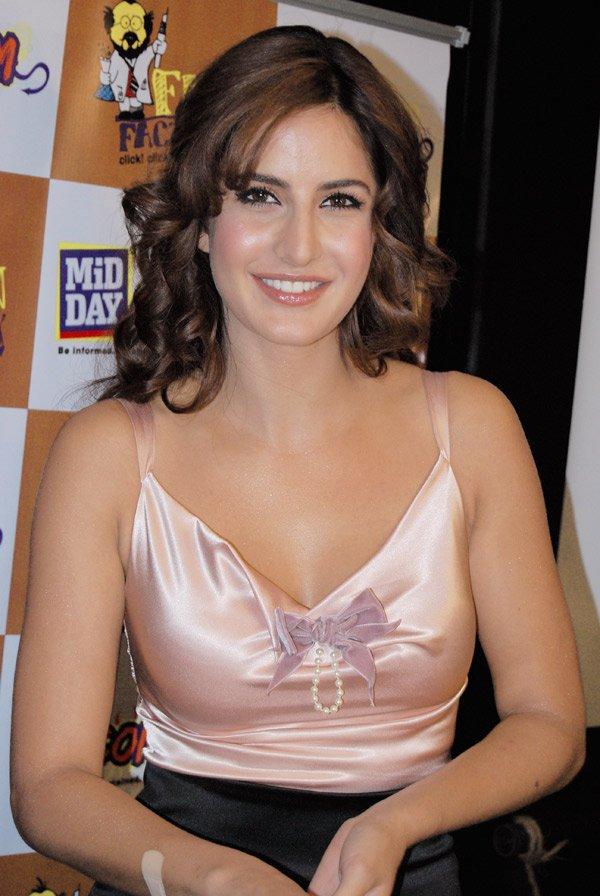 Actress boob katrin big