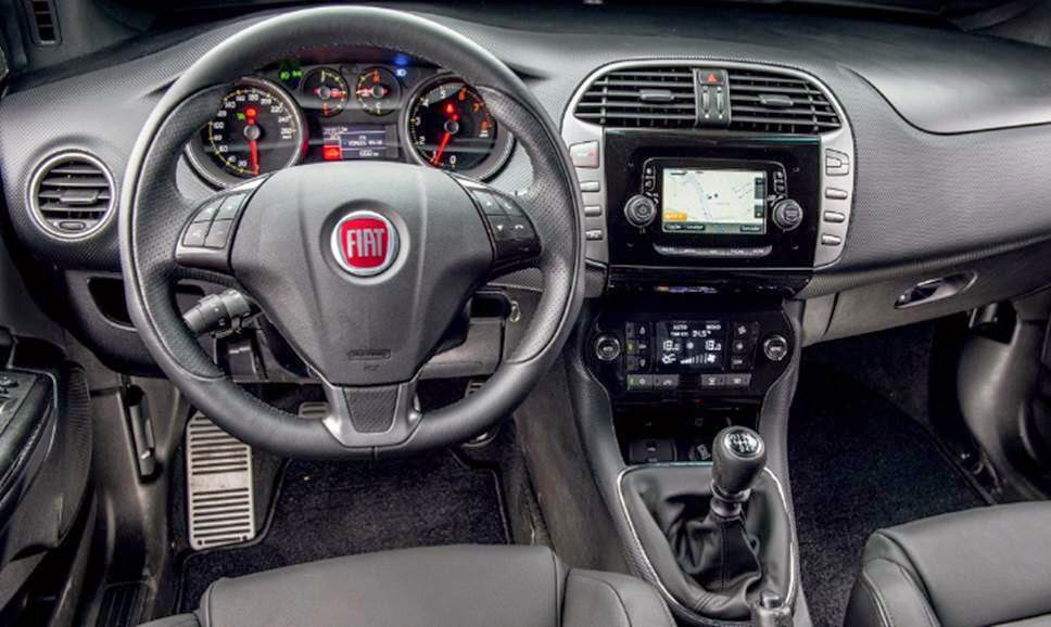 Fiat Bravo 2015 2016 interior fotos