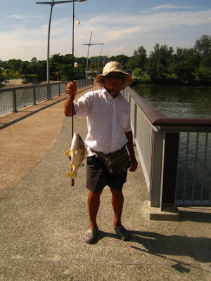 Longhead Grunt [Gu Huud] Caught by Ah Ling at Woodland Jetty Fishing Hotspots was created to share with those who are interested in fishing on tips and type of fishes caught around Woodland Jetty Fishing Hotspots.