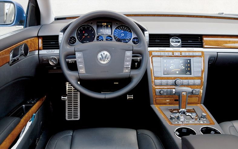 Tamerlane's Thoughts: Bentley Continental Flying Spur / VW Phaeton interior comparison