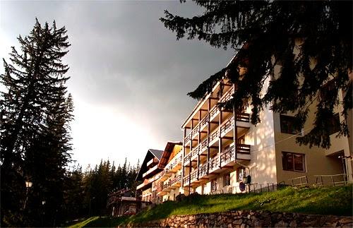 http://www.bookingexpert.ro/hoteluri/hotel-casa-turistilor-paltinis-758.html
