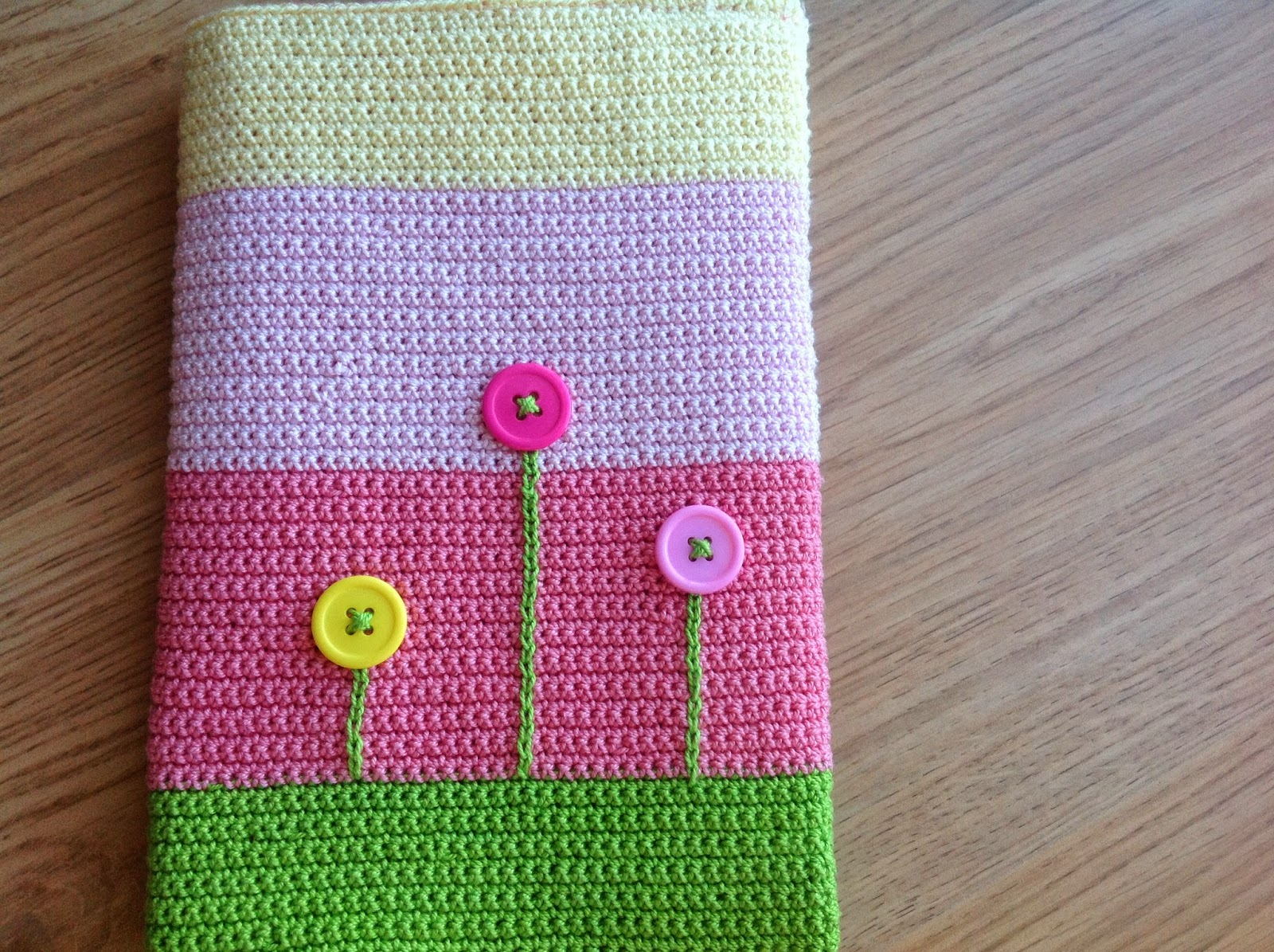 Crochet A Book Cover : It is a crochet book cover that i started almost three