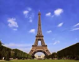 paris, menara eiffel 2014, kota pencopet, pencopetan, eiffel rusak
