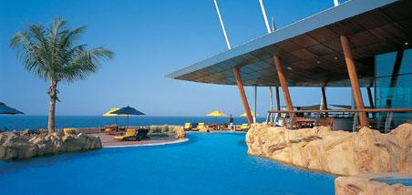 Arquitectura interiores paisajismo burj al arab el for Habitaciones sobre el mar