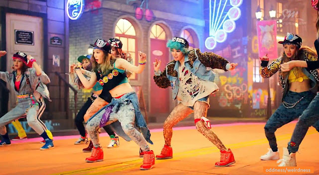 "Video of the Day: Girls' Generation ""I Got A Boy"""