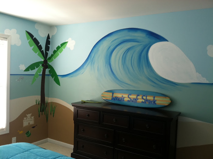 Lucca's Surf/ Beach Room