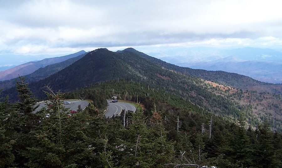 mount mitchell how tall
