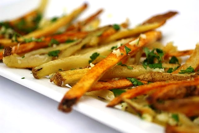 My Catholic Kitchen » Garlic Fries
