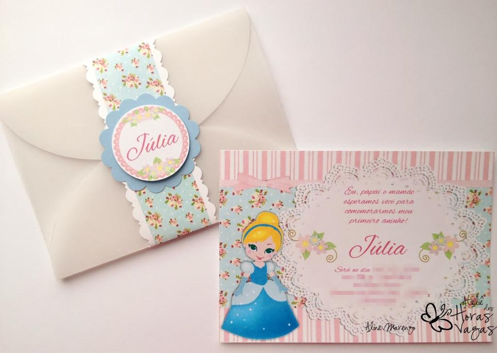 convite artesanal infantil aniversário princesas disney cinderela provençal floral delicado azul e rosa menina