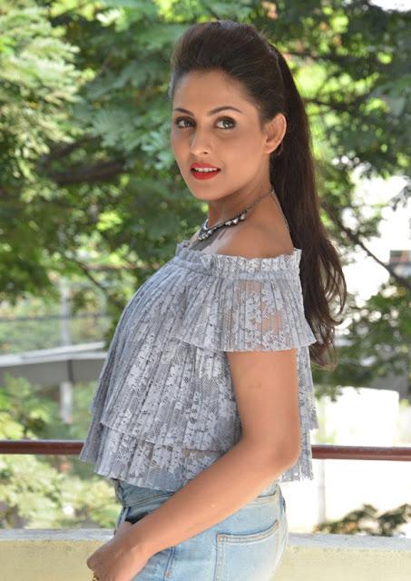 Tollywood Celebrities Madhu Shalini New photos