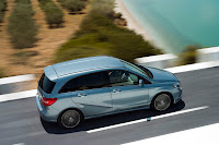 2012 New Generation Mercedes-Benz B 200 CDI W246 Official Photo