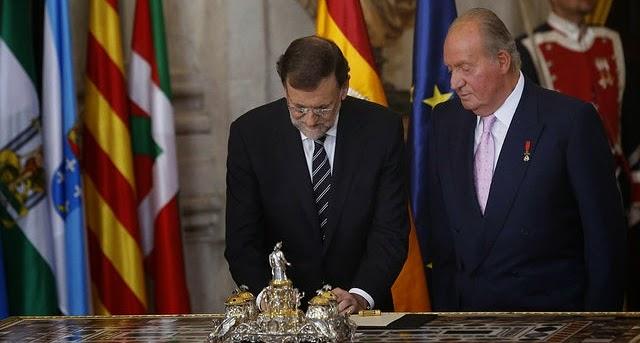 Rey y Presidente del Gobierno firma ley