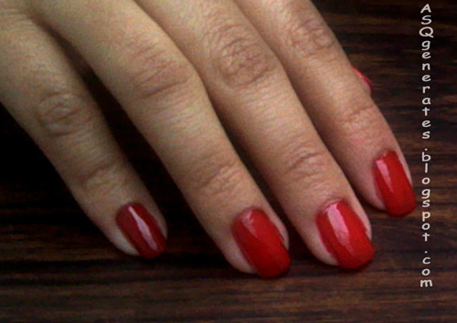 Paint nail red color