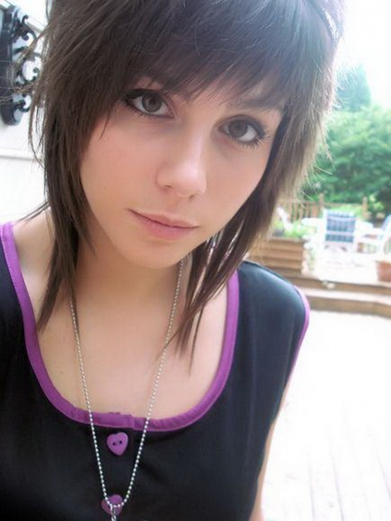 Emo haircut for girl