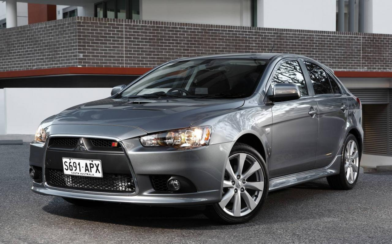 latest cars models mitsubishi lancer 2013. Black Bedroom Furniture Sets. Home Design Ideas
