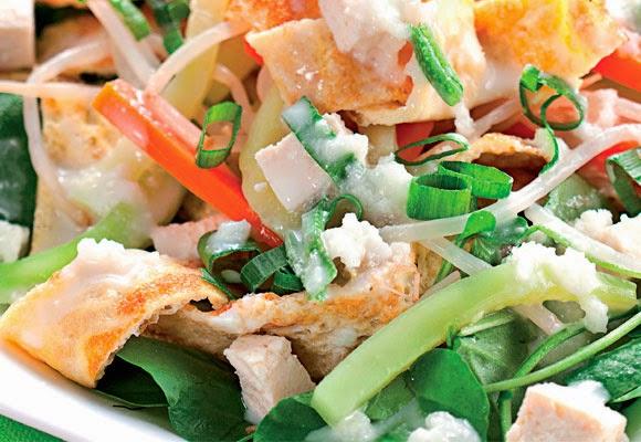 Salada tailandesa light
