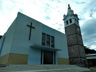 Igreja São Marcos, Flores da Cunha. Campanário à direita.
